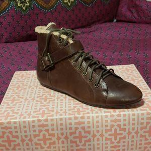 Gianni Bini brown shoes